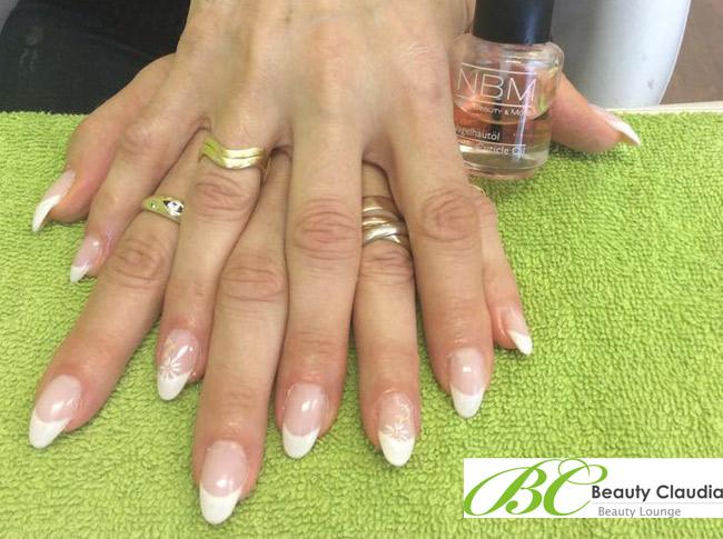 Beautylounge Claudia Workurek 1220 Wien Seestadt Nails Nageldesign